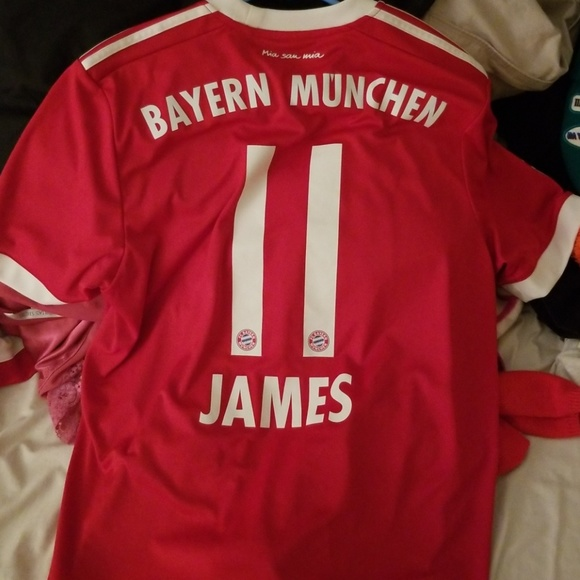 buy popular 89be2 dd5a4 Bayern Munich James Rodriguez Jersey Home